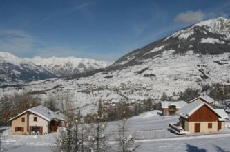 Les Orres, les chalets : l'hiver à la montagne_2